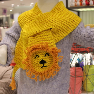 Lion Face Baby Scarf